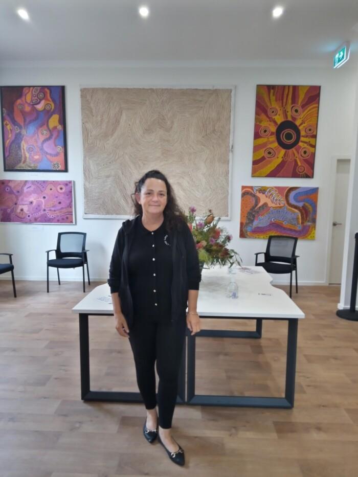 Julie Pringle Aboriginal Art Gallery Sea Lake
